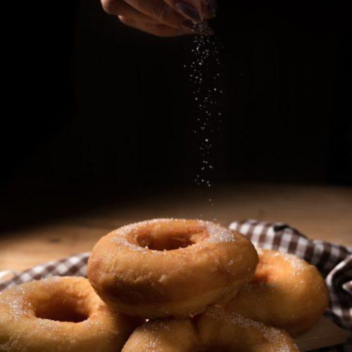 sugar-donuts-Q9KMW36